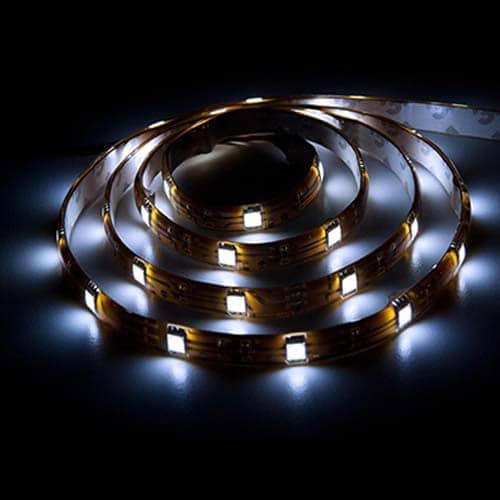 Світлодіодна стрічка LS606/SANAN LED 30 SMD 7,2 W 12 V (5 метр ) білий